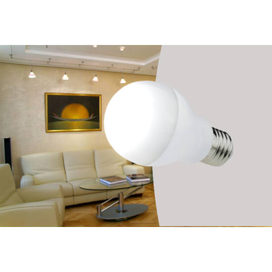 12W-os E27-es magas fényerejű LED izzó (hideg fehér)